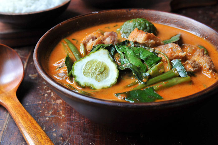 Thai Red Curry with Pork Belly and Water Spinach | Gang Tay Po | แกงเทโพ